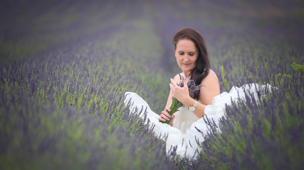 """alt=""""Wiesia, Scarlett and Leia-May - Hitchin Lavender Family Photography"""""""